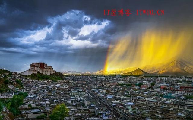 严磊:从自然气象到社会气象,严磊:从自然气象到社会气象 严磊 城市 摄影 拍摄 作品 风景 生活 经历 人生 风光 第1张,严磊,城市,摄影,拍摄,作品,风景,生活,经历,人生,风光,第1张